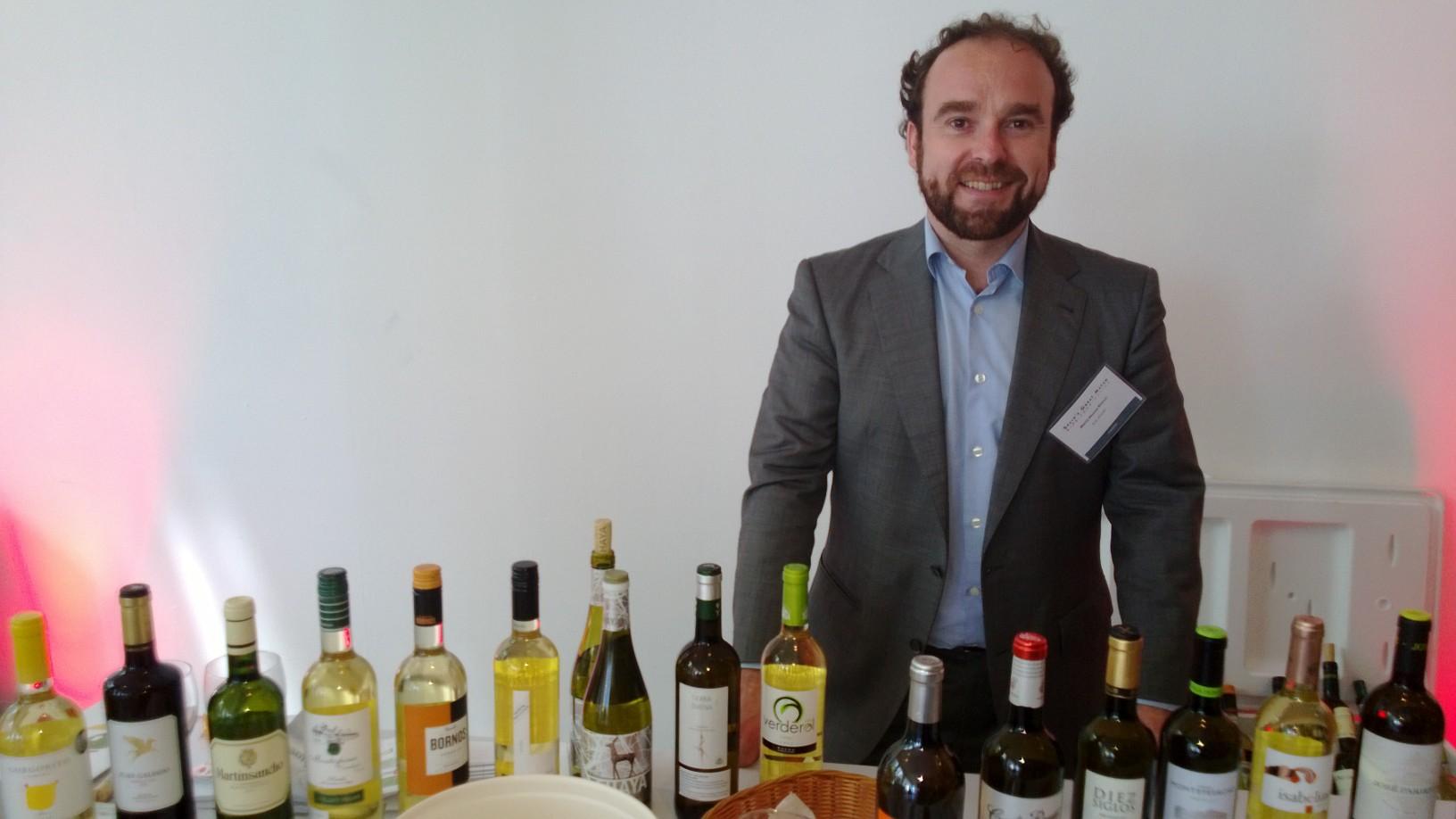 D.O. Rueda white Wine booth
